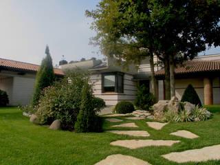 Lugo - Architettura del Paesaggio e Progettazione Giardini Jardines de estilo ecléctico