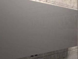 RADIATORI DI DESIGN - POWER WALL:  in stile  di K8 RADIATORI DI DESIGN/ Design Radiators / Designheizkörper/ Radiateur design, Minimalista