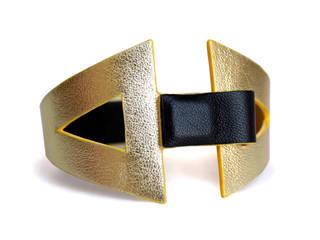 """""""Eva"""" - Bracelet réversible en cuir par CAMILLE ROUSSEL Moderne"""