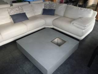 Table CHAMPAGNE par INTERIEUR EXTERIEUR Moderne
