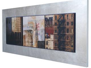 modern  by LA CASA DE LOS CUADROS, Modern