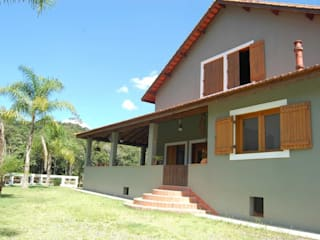 Rustic style houses by MARIA IGNEZ DELUNO arquitetura Rustic