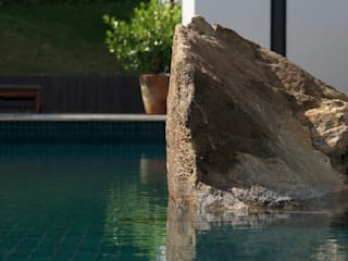 Piletas de estilo  por Coletivo de Arquitetos , Minimalista