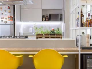 Dining room by Semerene - Arquitetura Interior
