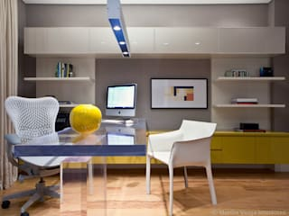 Modern Study Room and Home Office by Marilia Veiga Interiores Modern