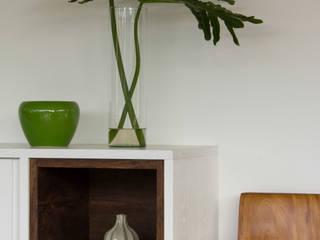 Casa Laranjeiras Salas de jantar modernas por Marilia Veiga Interiores Moderno