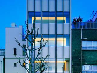 積窓居 Show Window House の UZU モダン