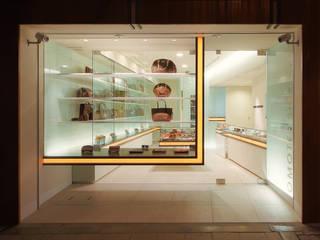 積窓居 Show Window House: UZUが手掛けたオフィススペース&店です。