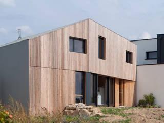 Comme un instrument de bois - maison MODU Maisons minimalistes par mfa - mélaine ferré architecture Minimaliste