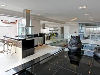 RESIDÊNCIA AV Cozinhas modernas por Le Araujo Arquitetura Moderno