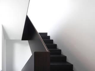 Corridor & hallway by Andreas  Heupel Architekten BDA