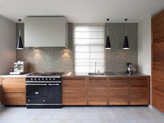 Keukens: moderne Keuken door Proest Interior