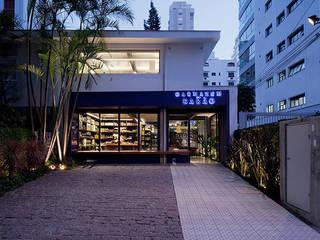 by Mínima arquitetura e urbanismo Modern