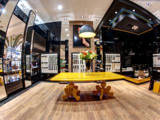 Centres commerciaux modernes par Renato Lincoln - Studio de Arquitetura Moderne
