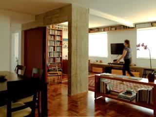 Modern living room by Mínima arquitetura e urbanismo Modern
