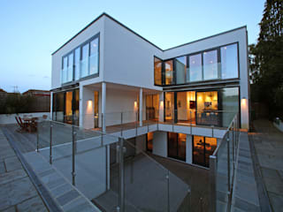 Radlett house Modern style balcony, porch & terrace by Nicolas Tye Architects Modern