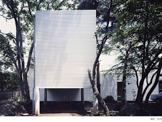 industry in a forest Minimalist house by 瀧浩明建築計画事務所/studio blank Minimalist