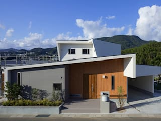 HOUSE IN SHIRATAKE: J.HOUSE ARCHITECT AND ASSOCIATESが手掛けた家です。,