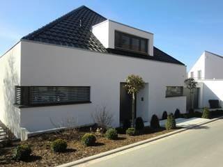 Modern Houses by Gronemeyer architekten Modern