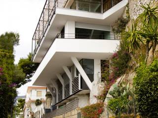 Private villa 330, Sanremo:  in stile  di Studio 4
