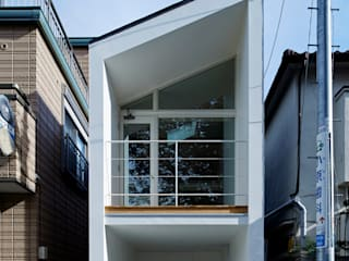 Park House another APARTMENT LTD. / アナザーアパートメント Casas eclécticas