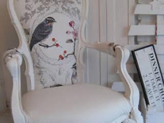 Vogel op je stoel van gustaviaans vintage homestyle Rustiek & Brocante