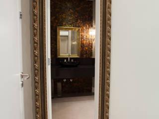 Baños de estilo ecléctico de Luine Ardigó Arquitetura Ecléctico
