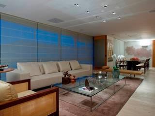 Alessandra Contigli Arquitetura e Interiores Modern living room