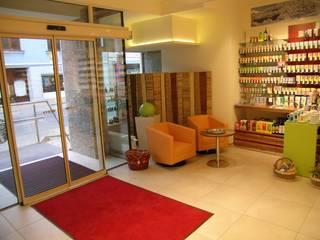 Wartebereich:  Geschäftsräume & Stores von AR-GE Schackl