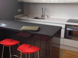 Kitchen by AZD Diseño Interior, Modern