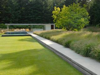 Villa garden The Netherlands Andrew van Egmond (ontwerp van tuin en landschap) Minimalist style garden