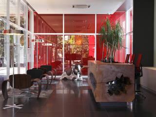 Bureau original par MW Arquitetura Éclectique