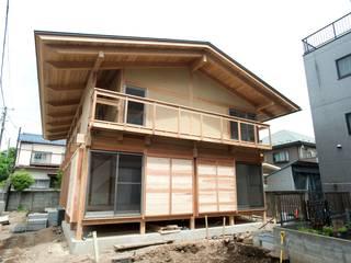 Japanese traditional wooden house โดย 建築設計事務所 山田屋 เอเชียน