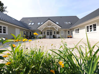 Wohntraum von Fjorborg Häuser GmbH & Co KG Skandinavisch