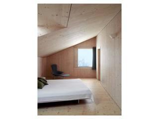 Holzkristall Moderne Schlafzimmer von Hurst Song Architekten Modern