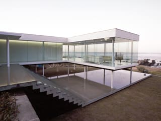 Casas de estilo moderno de 近藤博史建築設計事務所 Moderno