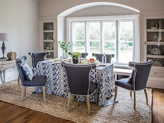 Dining in Style: classic  by Blue Isle Interiors Ltd, Classic