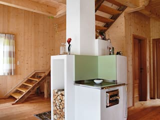 Country style houses by Thoma Holz GmbH Country