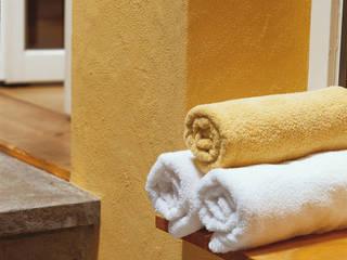Raumbeispiele gestaltet mit Lehmspachtelputz oder Lehmfarben von Lesando Mediterrane Praxen von Schmiedhaus - Ökologische Baustoffhandel - Lehmputz u.v.m. Mediterran