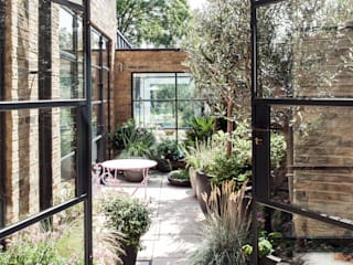 Friern Road, London Balcones y terrazas de estilo moderno de Red Squirrel Architects Ltd Moderno