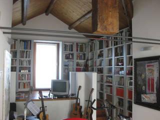 Estudios y despachos modernos de Blulinea Moderno