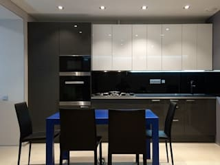 Квартира 120м.кв. : Кухни в . Автор – PlatFORM