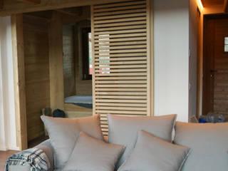 Chalet Chamois:  in stile  di enrico girardi architetto