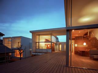西島正樹/プライム一級建築士事務所 Balcon, Veranda & Terrasse originaux