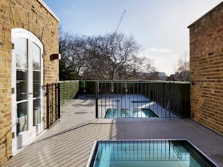 Silence in the City - Maisonette in Chelsea Modern Pool by Tyler Mandic Ltd Modern