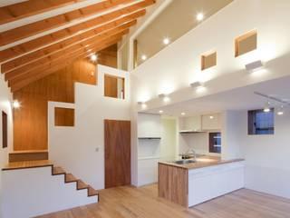 Wohnzimmer von Unico design一級建築士事務所, Modern
