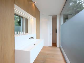 Bagno in stile  di Neugebauer Architekten BDA