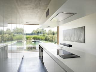 Modern Kitchen by Maisons Loginter Modern