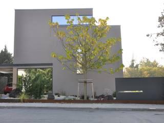 Frontfassade:  Häuser von Neugebauer Architekten BDA