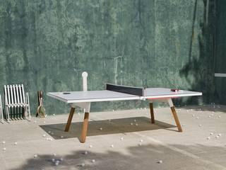Tischtennisplatte als Esstisch - Ping Pong: moderne Esszimmer von Livarea